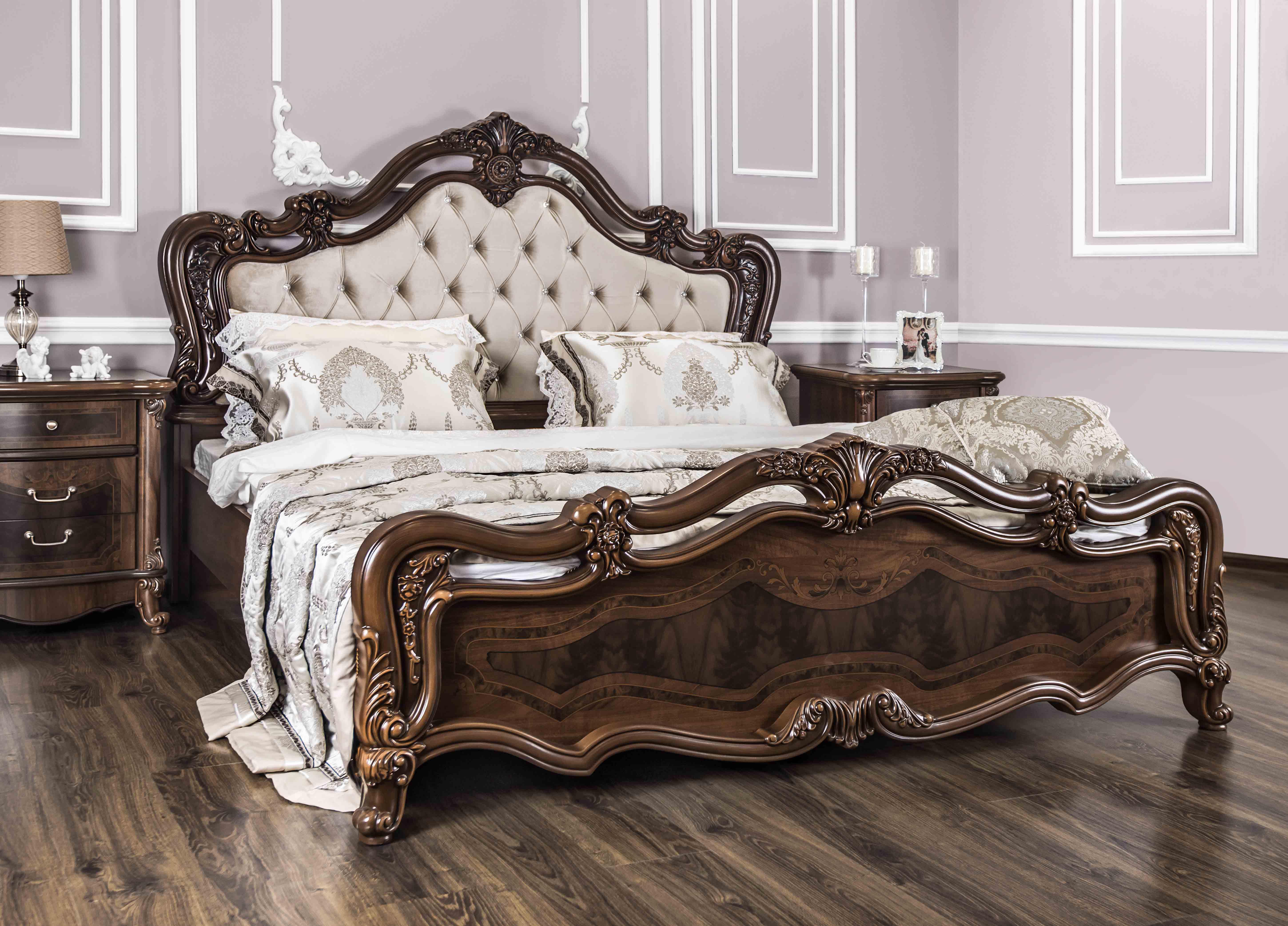 Илона Кровать 1800 с мягким изголовьем